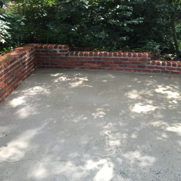 Concrete Courtyard after Power washing